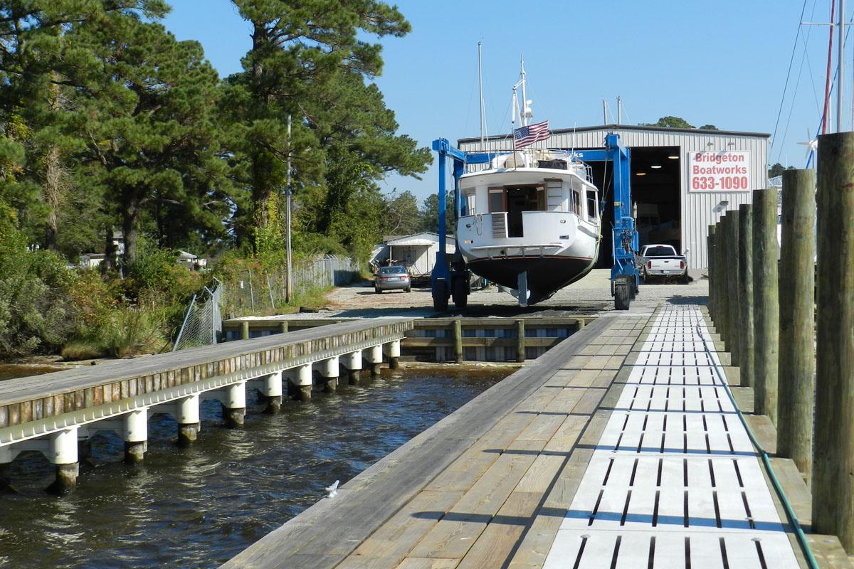The travel lift slip at Bridgeton Boatworks.